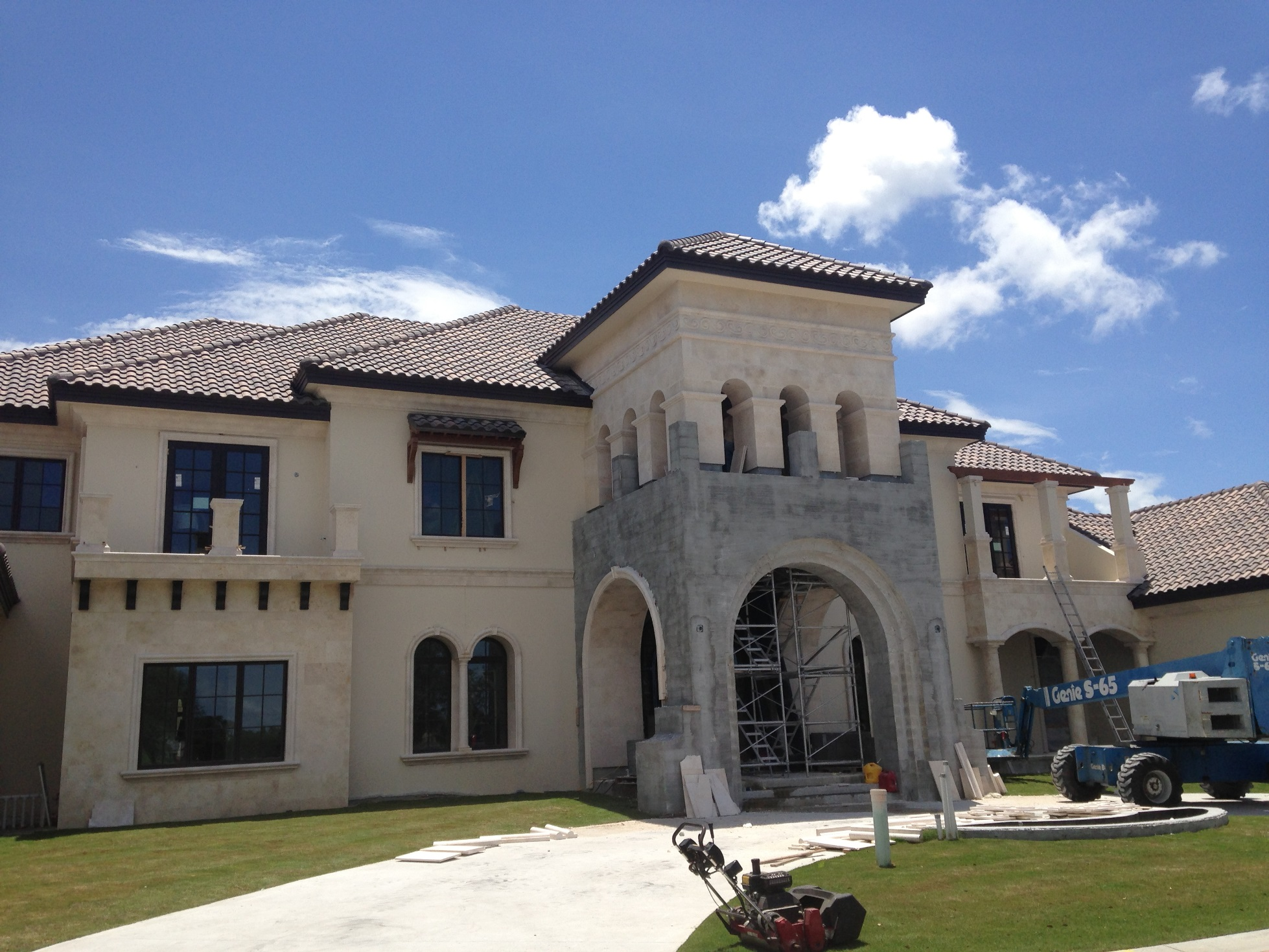 Naples architect luxury tuscan style home design with for Tuscan home designs