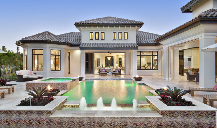 Mediterranean house plan luxury golf course home with photos for Porte cochere piani casa